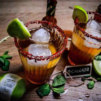 Michelada Bier Cocktail mexikanisch